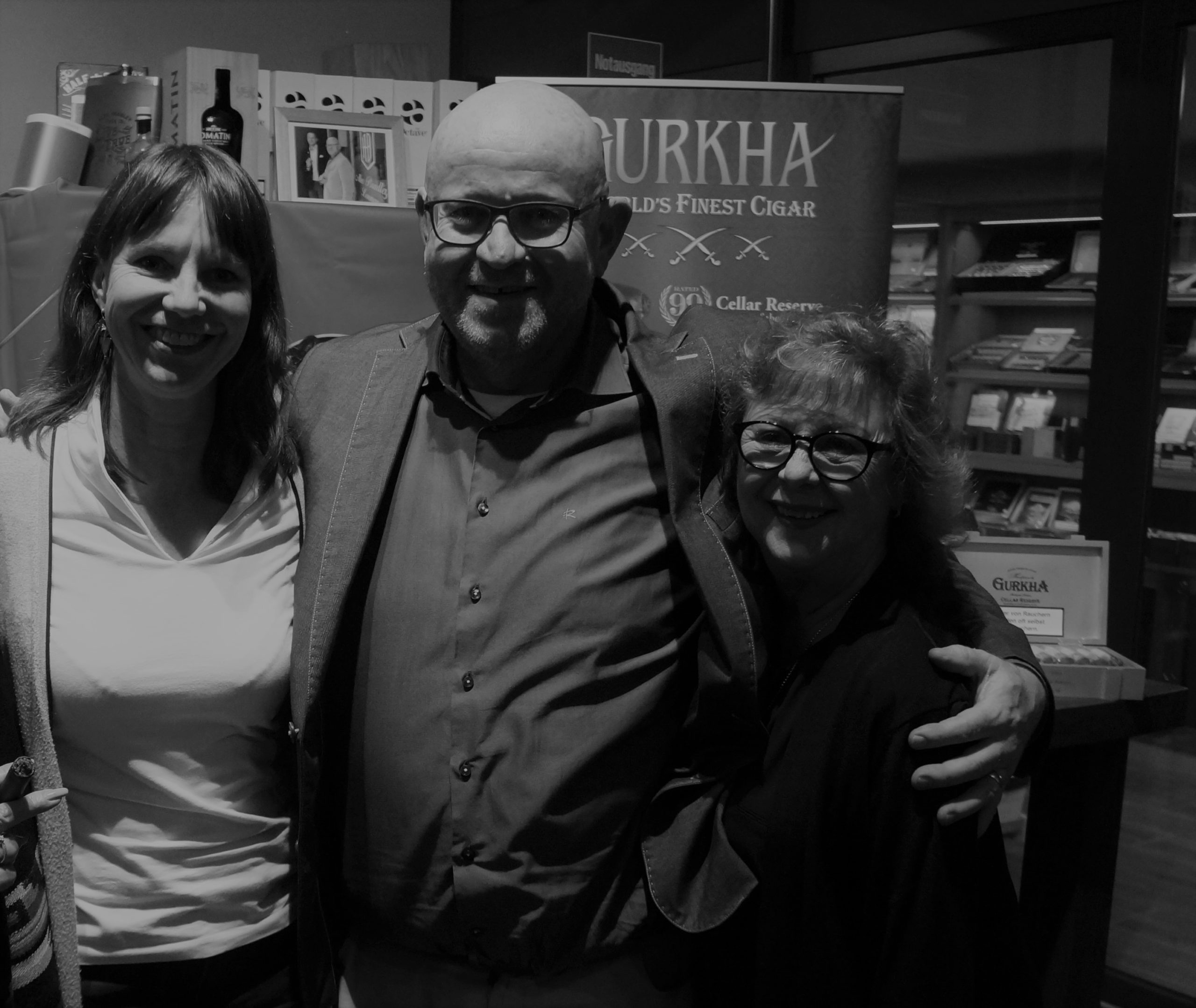 Cristina Santana von Gurkha Cigars bei Han Hilderink und Claudia Eilers im whisky & cigar salon