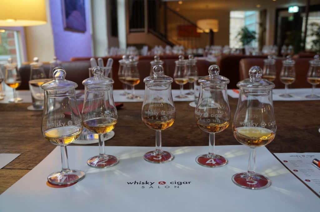 Whisky Tasting im whisky & cigar salon